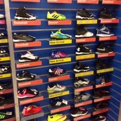Big 5 sporting goods vendor guide