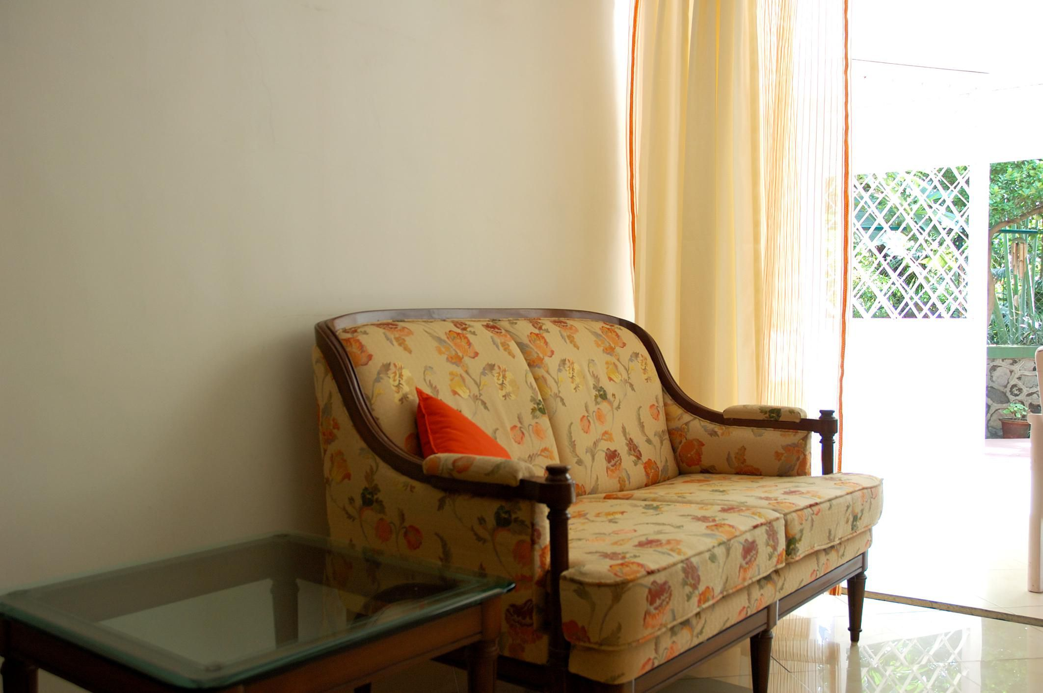 Pricing guidelines for used furniture